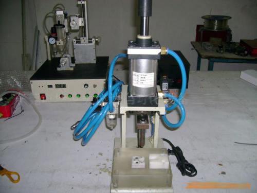 液压铆钉机维修介绍