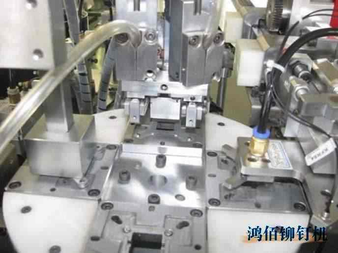 径向铆钉机生产公司的要点